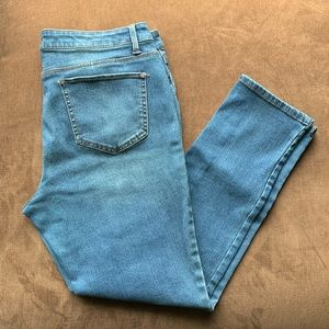 Faded Glory Jeans Ultimate Skinny size 14